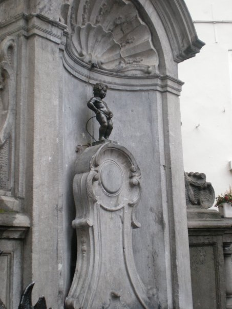 Manneken Pis.  Photograph © 2014, Girish Bala, Pictotainment Media.